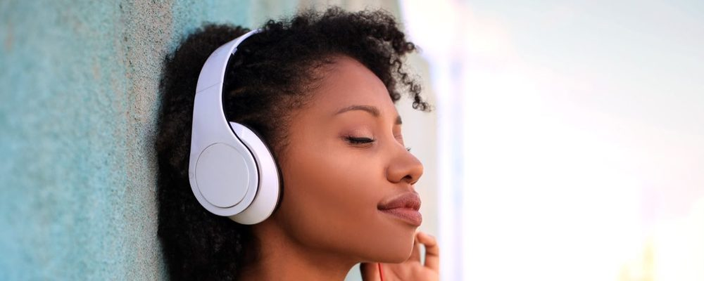The Best Headphones and Noise Cancelling Headphones