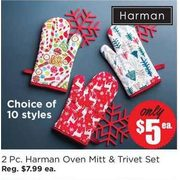 "Harman Holiday Combo Kitchen Oven Mitt & Trivet ""Smitten"" Set - $5.00"
